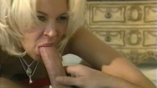 Impossible To Resist Blondie Prostitute Dru Berrymore Gargling And Railing A Big Cumbot At The Bed