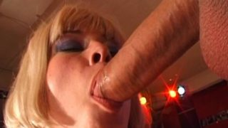Good Blondie Czech Stunner Licking An Phat Beef Whistle