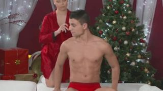 Rubdown Apartments Nubile Santa Has Her Cootchie Humped